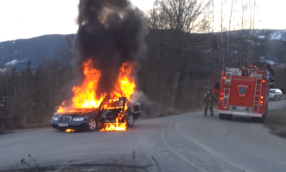 Video-Feuerwehr-Mercedes-Fail-Norwegen-teaser.jpg